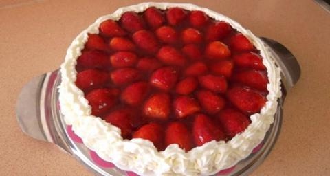 Tarta de fresa de Mercadona.