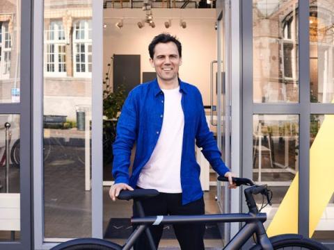 El CEO y fundador de VanMoof, Taco Carlier.