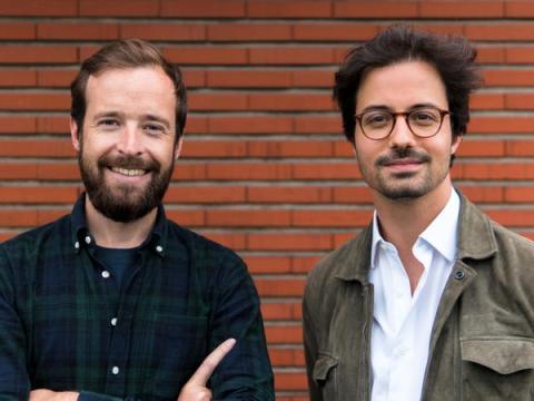 Los fundadores de Virtuo, Thibault Chassagne (izq.) y Karim Kaddoura.