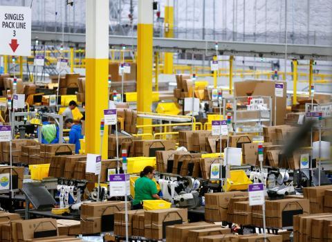 Un centro de almacenamiento de Amazon