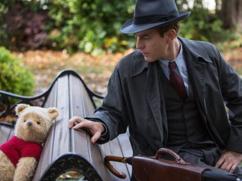 Ewan McGregor como Christopher Robin.