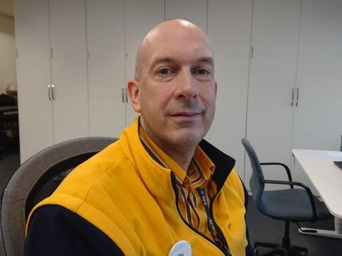 Gerard Danks lleva unos 4 años trabajando en IKEA.