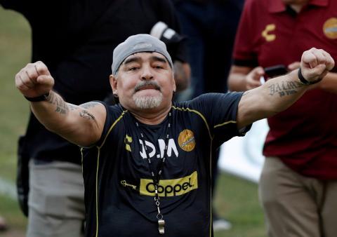 Maradona en un partido en Sinaloa