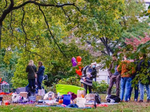 Picnics en un parque en octubre de 2020.