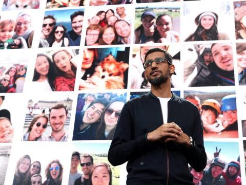 Sundar Pichai durante una conferencia