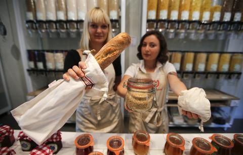 tienda de pasta, pan, cereales
