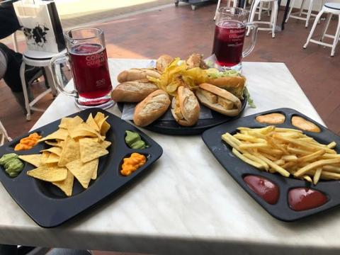 100 Montaditos, Valencia.