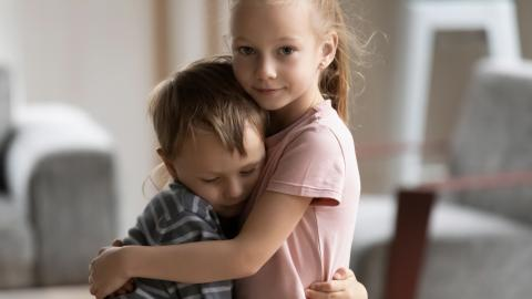 Abrazo empatia