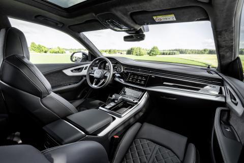 Audi Q8_4