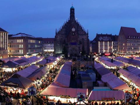 Un tradicional mercado de Navidad en Núremberg, Alemania, el 1 de diciembre de 2017.
