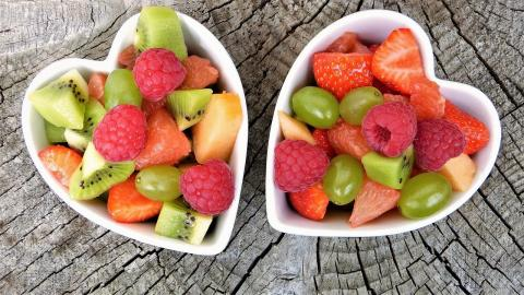 Frutas variadas para combinar con las uvas en Fin de Año