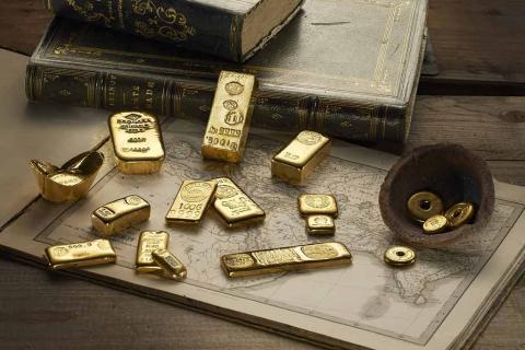 Lingotes y piezas de oro de Degussa.