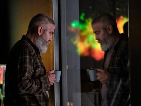 George Clooney en 'Cielo de medianoche'.