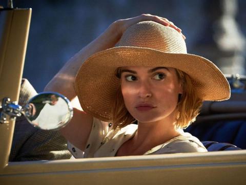 Lily James en 'Rebeca'.