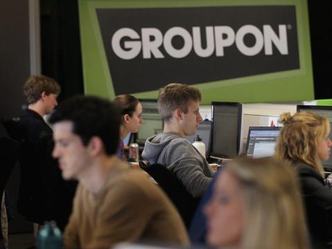 Trabajadores de Groupon en su sede de Illinois.