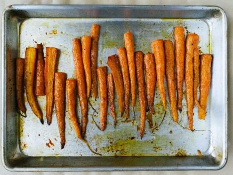 Las zanahorias tienen 53 calorías.