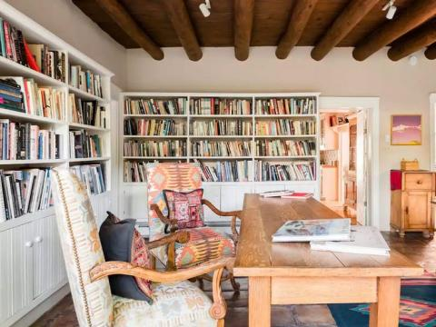 Casa del suroeste con un estudio llamativo en Santa Fe, Nuevo México, 195 euros la noche