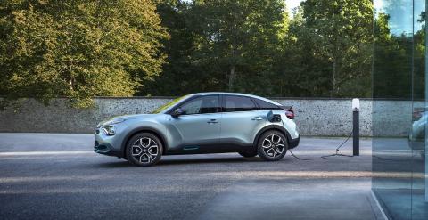 Citroën ëC4 recargando