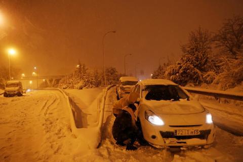 coches tras la nevada de Filomena en Madrid