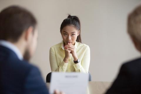 Entrevista de trabajo con tension