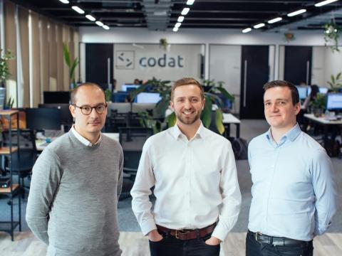 El equipo fundador de Codat, Peter Lord, Alex Cardona y David Hoare.