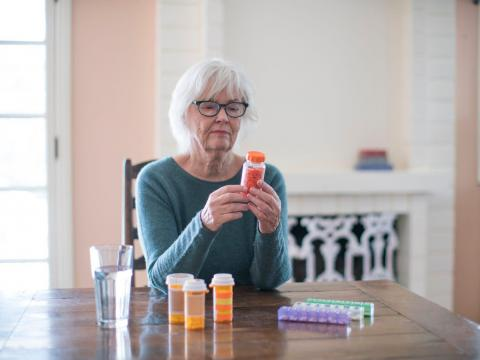 Los investigadores se sorprendieron al descubrir que la aspirina estaba relacionada con muertes por cáncer en personas mayores.