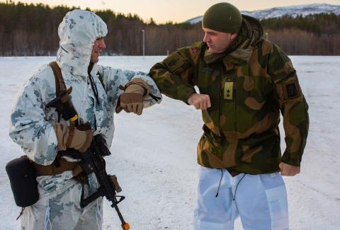 Ejército noruego, durante el ejercicio Reindeer II en Setermoen, Noruega, el 25 de noviembre de 2020.