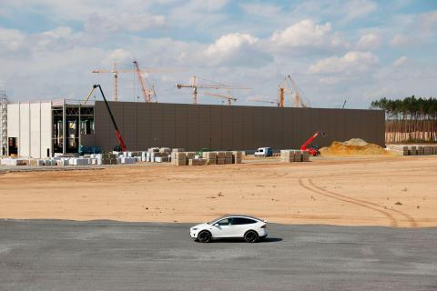 La Gigafactory Berlin está avanzando, a pesar de los impedimentos.