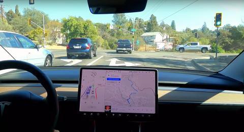 La última es que Tesla ofrecerá la función como suscripción a principios de 2021.