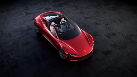 No hay información específica sobre cuándo llegará el Roadster.