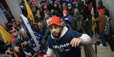 Una fotografía del asalto al Capitolio protagonizado por partidarios de Trump.