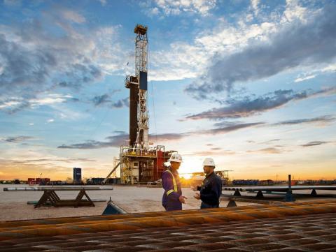 A pesar de las luchas de la industria, la compañía petrolera Chevron pagó grandes dividendos en 2020.