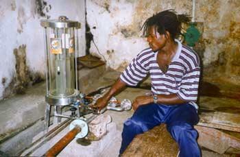 La destilería de Ron Antoine funciona desde 1785 (Grenada Explorer)