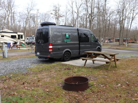 La caravana en el campamento.