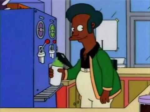 Apu, preparando un Fresisuis.