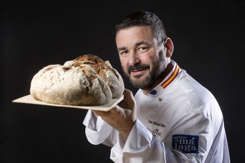 Juan Manuel Moreno, creador del pan más caro del mundo
