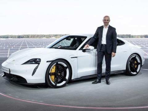 Manfred Harrer también participó en el desarrollo del Porsche Taycan.