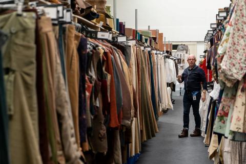 Una muestra del vestuario de la producción de 'Los Bridgerton'.