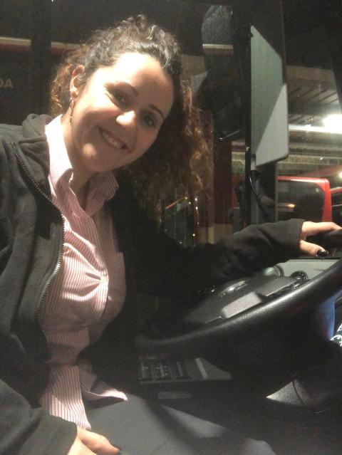 Alicia Artíguez durante un día de su jornada laboral.