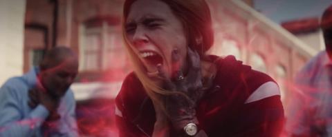 Elizabeth Olsen durante el episodio final de 'Wandavision'