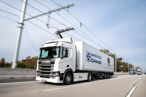 Un camión en la eAutopista de Alemania