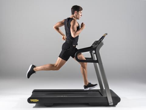 Cinta de correr de Technogym.