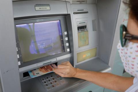 Cuánto dinero se puede ingresar en el banco sin justificar