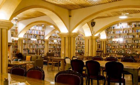 Hotel con la biblioteca más grande del mundo