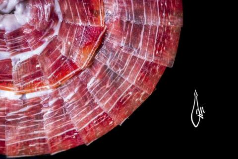 Jamón de bellota ibérico 100% D.O. Guijuelo.