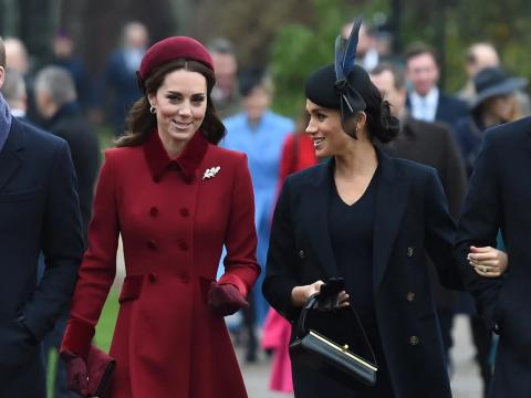 El príncipe William, Kate Middleton, Meghan Markle y el príncipe Harry asisten a los servicios de la iglesia en Navidad, 2018