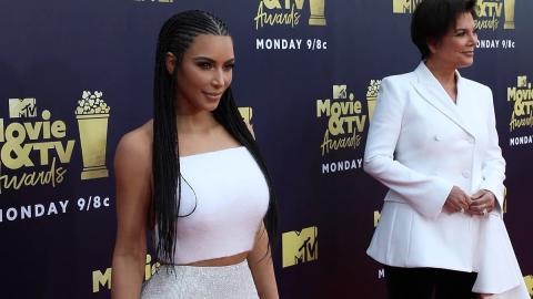 Kim Kardashian y su madre, Kris Jenner (commons.wikimedia.org)