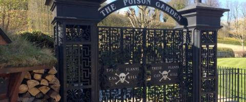 Puerta Poison garden