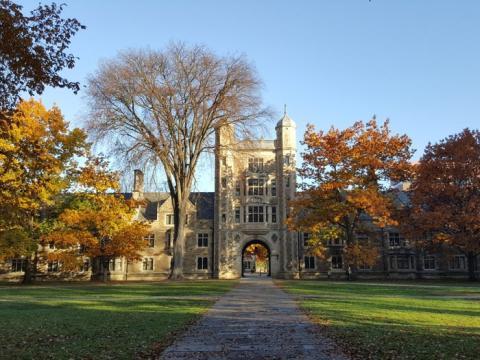 Universidad. de Michigan