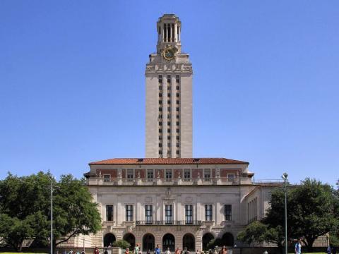 Universidad de Texas.